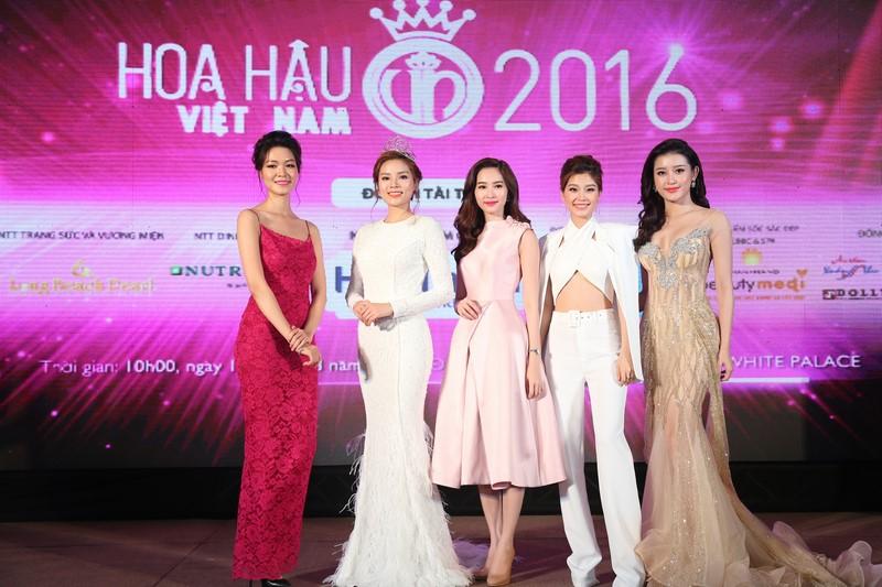 Hoa hậu Việt Nam không chỉ đẹp!