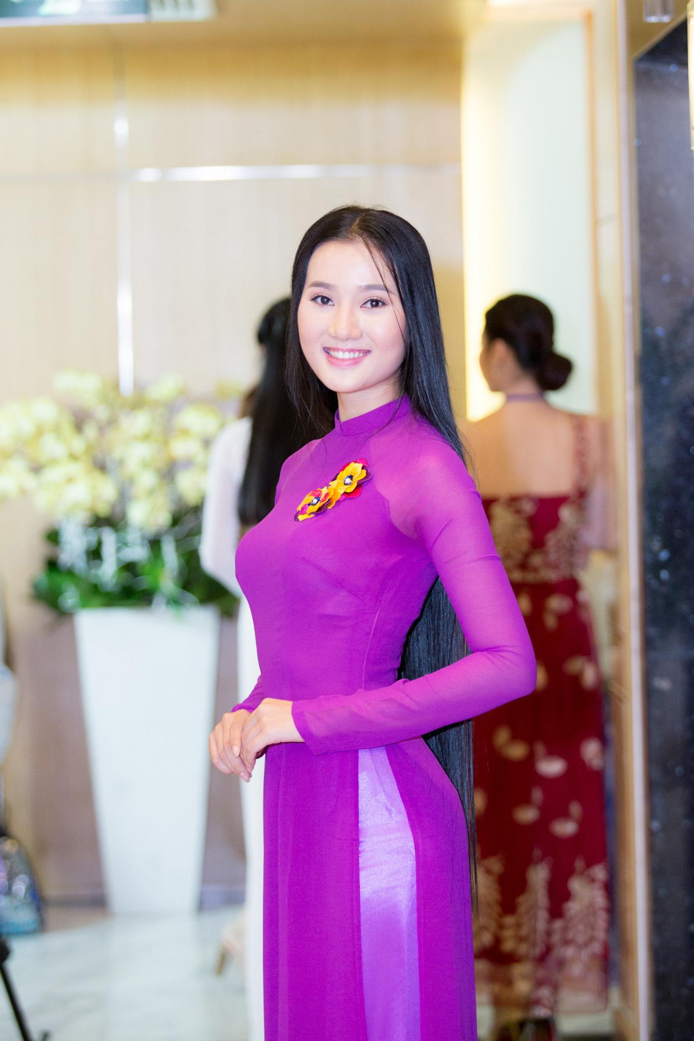 8. Hoàng Thị Quỳnh Loan (2)