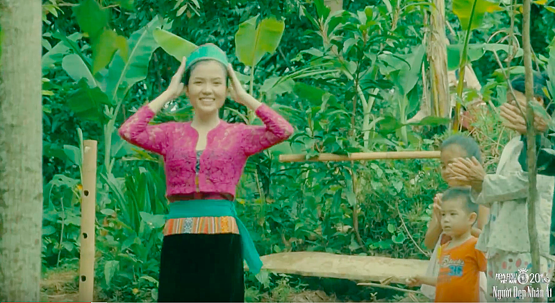 Huynh Thuy Vi 2