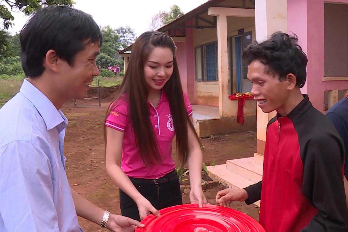 Phan Thu Phuong 8