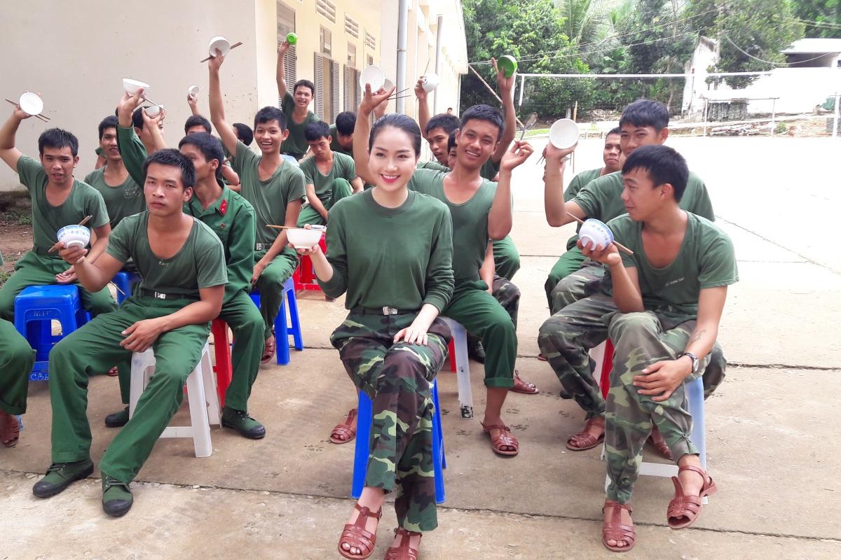 Phung Lan Huong 3