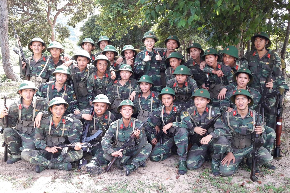 Phung Lan Huong 6
