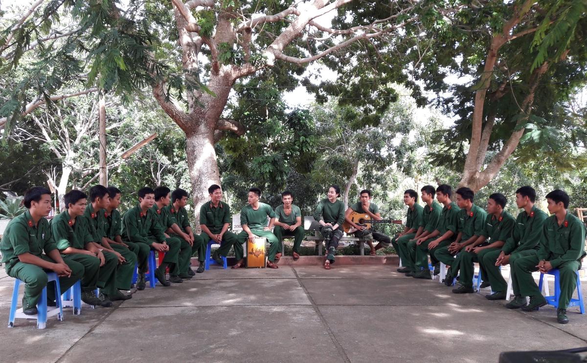 Phung Lan Huong 7