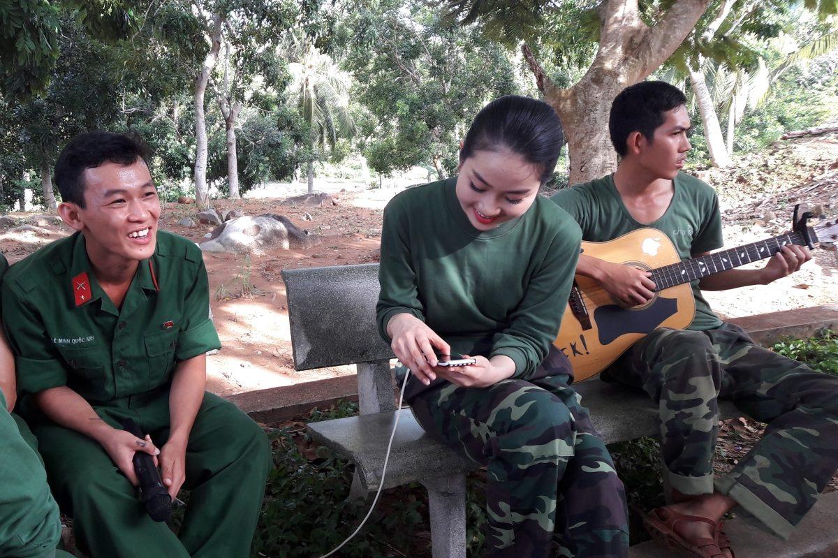 """Trác Thúy Miêu """"phản đối"""" lời khen ngợi của Trấn Thành, Xuân Bắc cho thí sinh Phùng Lan Hương"""