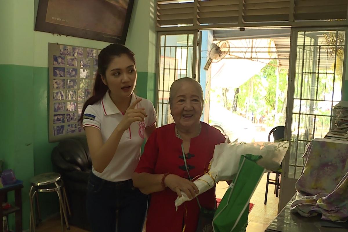 Tran Huyen Trang 3