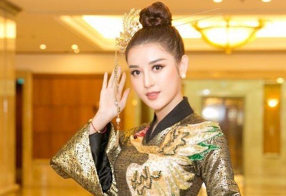 Á hậu Huyền My thể hiện thần thái sang chảnh, áp đảo nhan sắc dàn mỹ nhân tại Hoa Hậu Việt Nam 2018