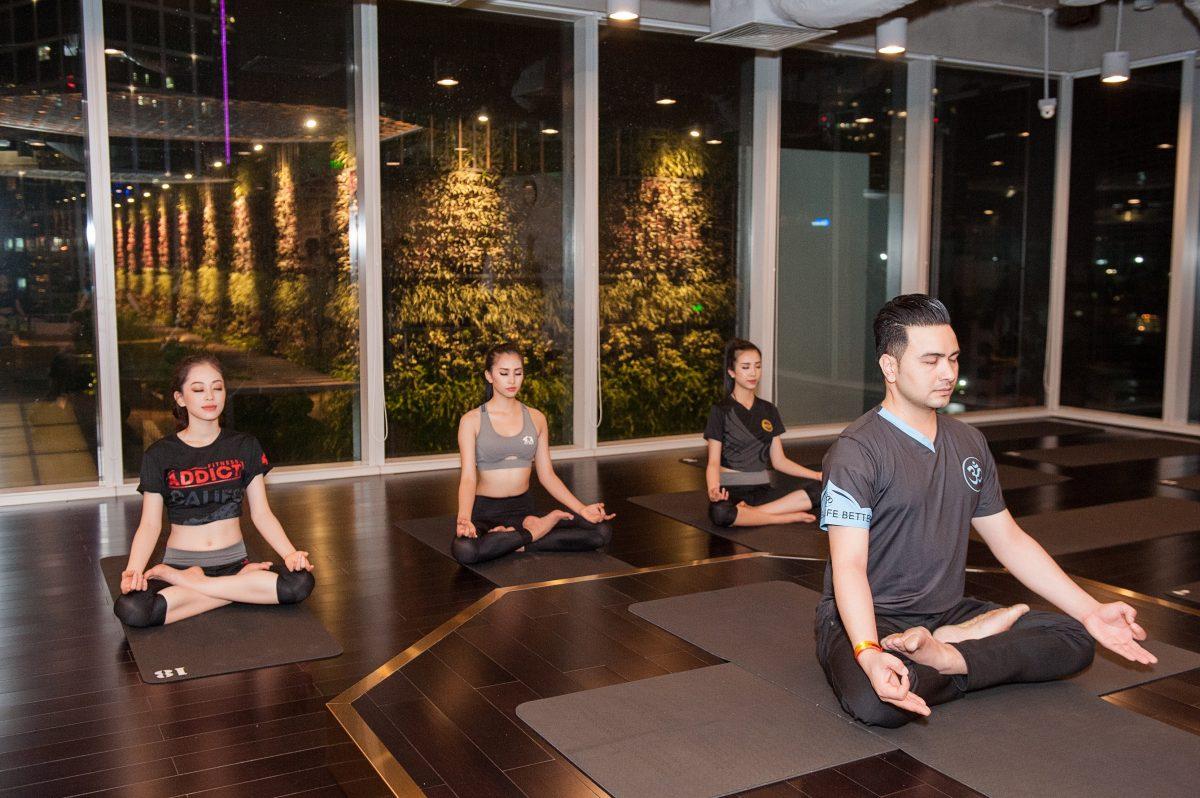 Top 3 HHVN 2018 ghé thăm California Fitness & Yoga sau khi đăng quang
