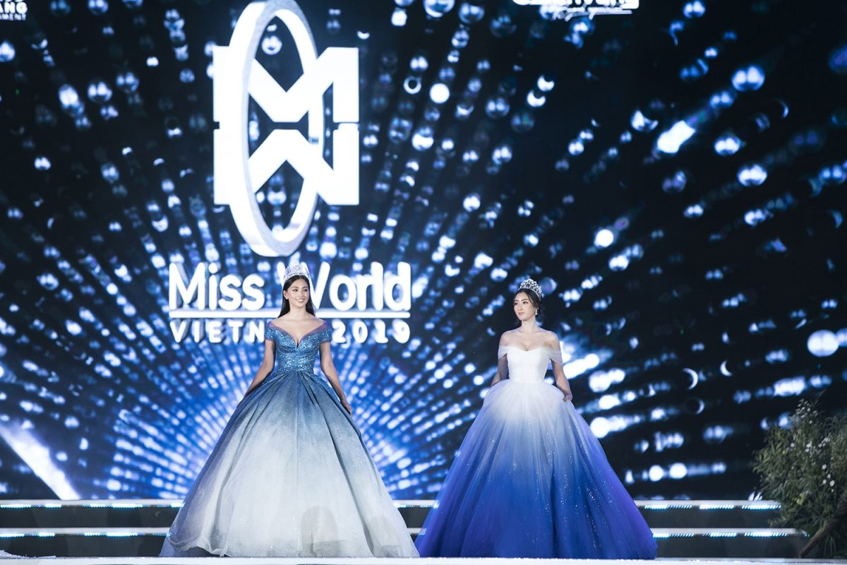 Hoa hậu Đỗ Mỹ Linh và Tiểu Vy khoe sắc lộng lẫy trên sân khấu Chung kết Miss World Vietnam 2019