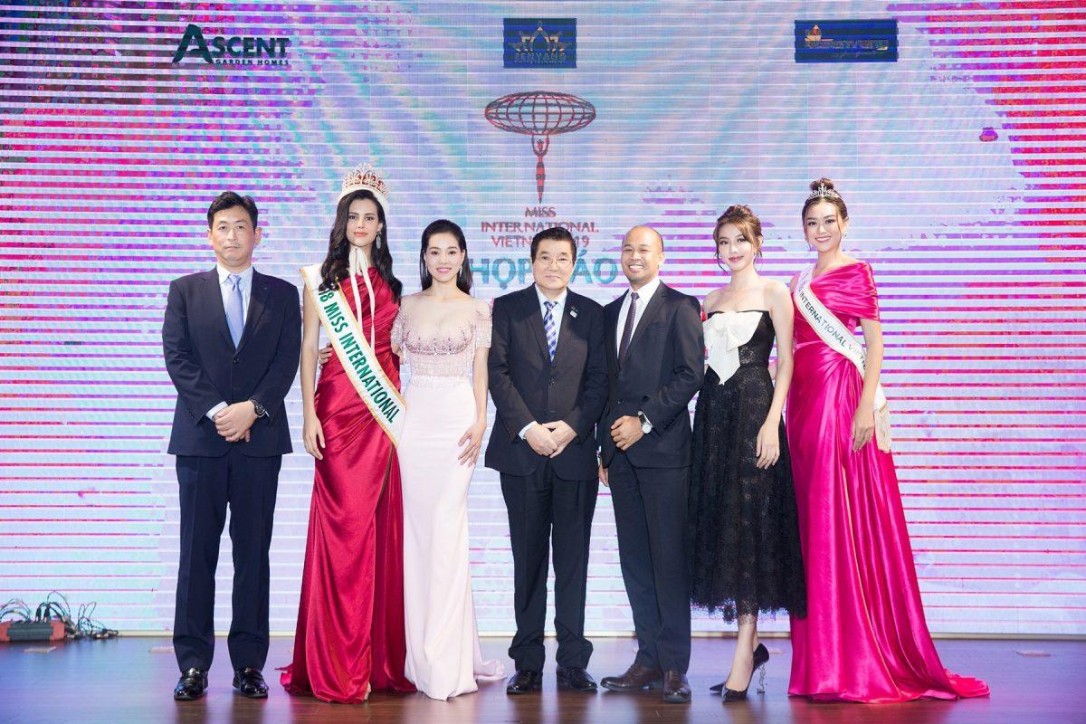 """Đương kim Hoa hậu Quốc tế 2018 – Mariem Velazco: """"Vẻ đẹp của Tường San gây ấn tượng mạnh!"""""""