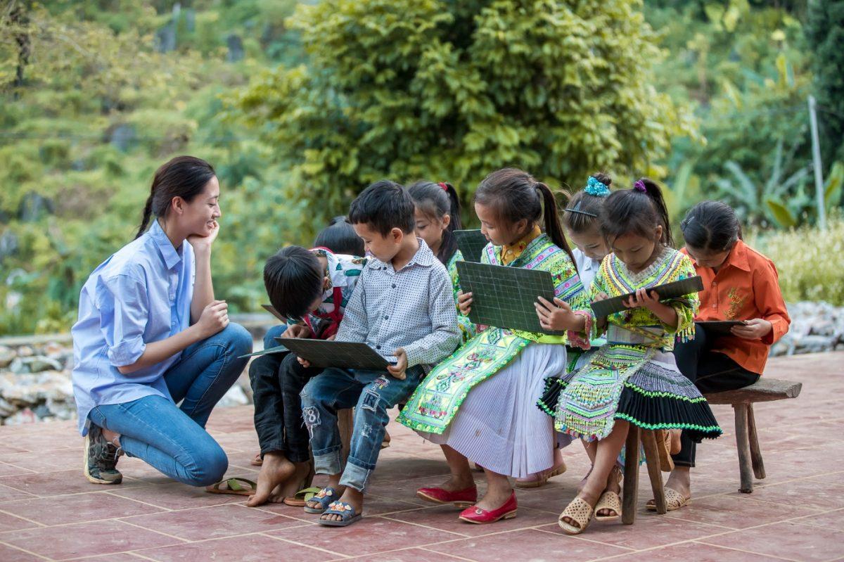 Chủ tịch Hoa hậu Thế giới ngợi khen dự án nhân ái của Lương Thùy Linh
