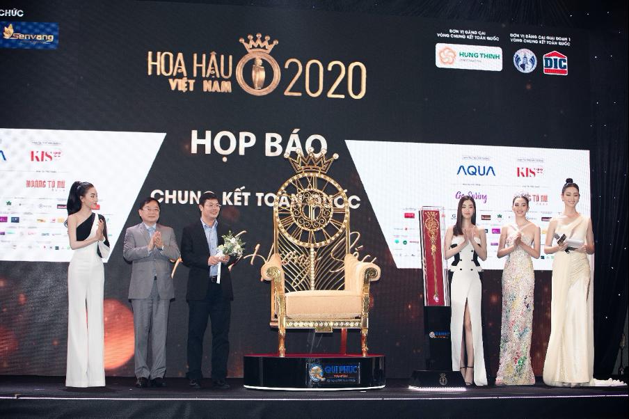 Lộ diện bộ vật phẩm đăng quang Hoa hậu Việt Nam 2020